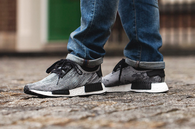 http://lacesout.net/wp-content/uploads/2016/03/NMD-R1-Primeknit-on-feet.png