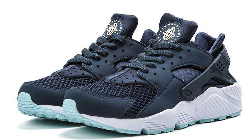 700059e496af real nike huarache navy blue new womens 5767d 0c91b