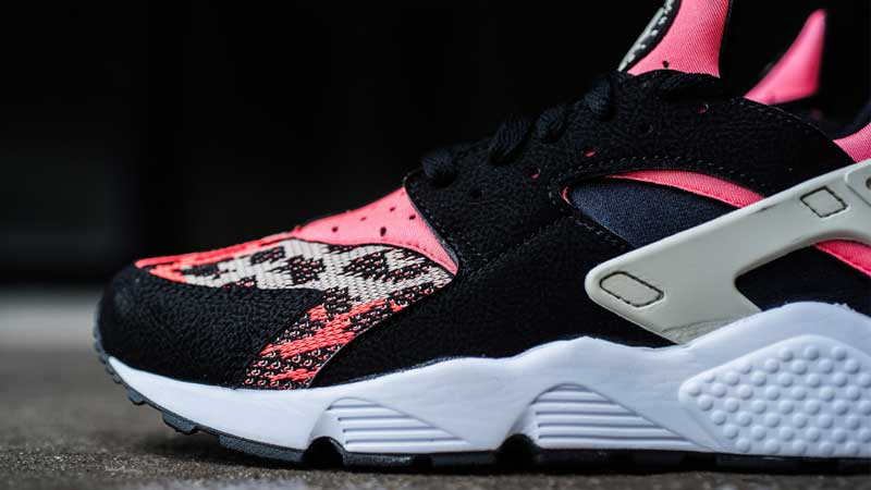 Nike-Air-Huarache-Black-Light-Bone-Hot-Lava-White