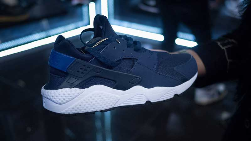 25c1b5028a45 75 of the BEST Nike Air Huarache Colorways