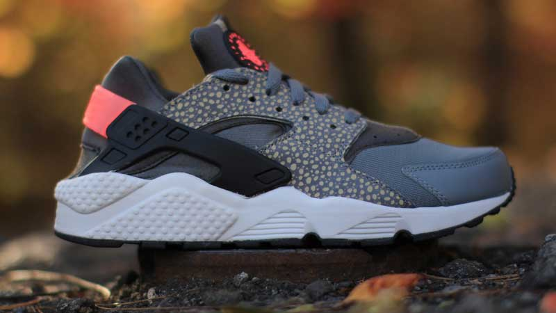 Nike-Air-Huarache-PRM-Bamboo-Safari
