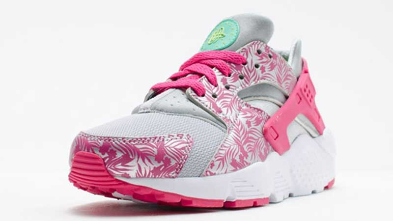 finest selection 60d33 f531e Nike-Air-Huarache-Print-GS-Pink-Floral