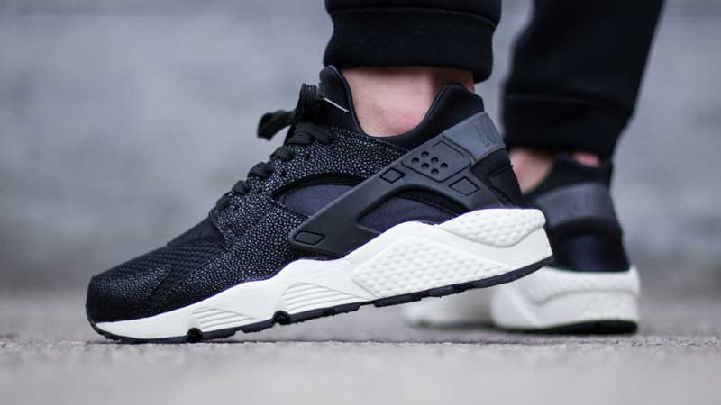 Nike-Air-Huarache-Stingray