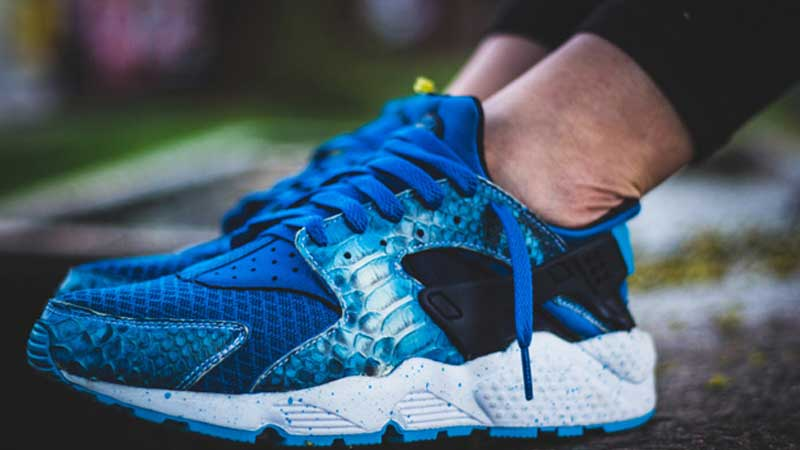 Nike-Air-Huarache-Sub-Zero-Custom