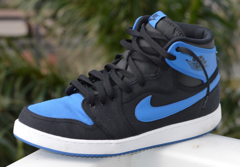 b56996e3a20 5 Ways to Lace Your Nike Air Jordan 1 Sneakers
