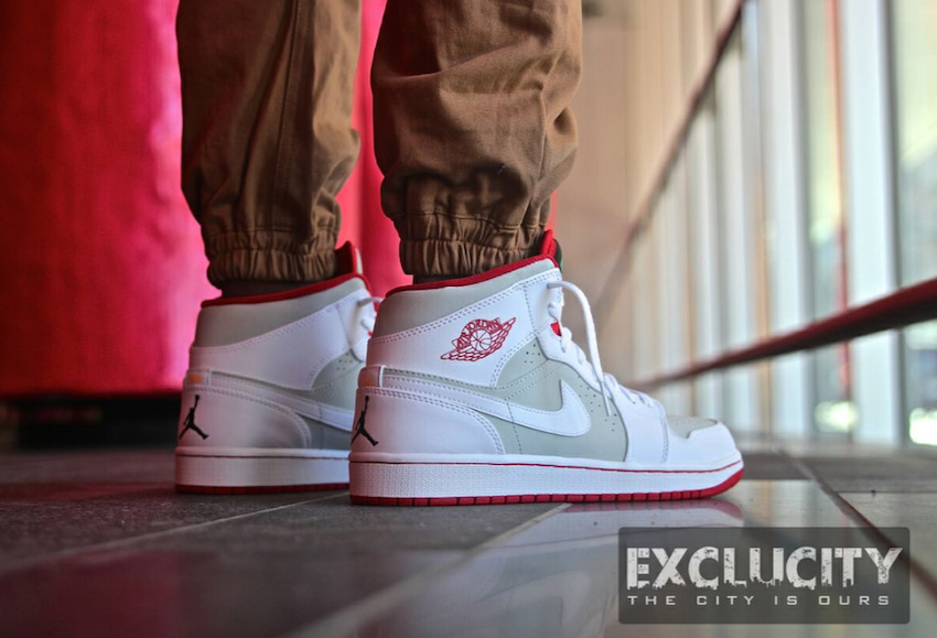Nike Air Jordan 1 OG Hare Jordans on Feet